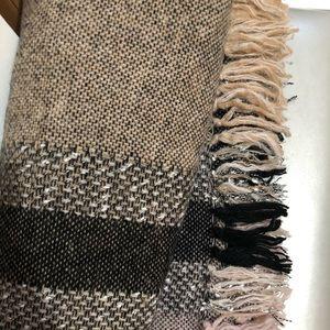 Plaid cape scarf